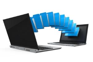 In einem Filesharing-Netzwerk schließen sich mehrere Rechner zusammen.