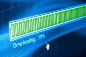 Filesharing: Das Urheberrecht kann bei einem Download von Musik oder Software verletzt werden.