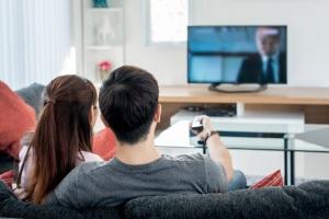 Illegal? Kostenlos Filme schauen kann auf Seiten zu Problemen führen.