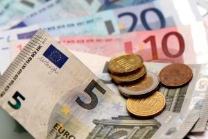 In Deutschland variieren die Summen zum Schadensersatz bei Filesharing je nach Gericht und Urteil.