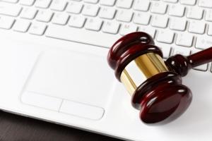 Eine Gesetzesänderung soll die Störerhaftung beim öffentlichen WLAN abschaffen.